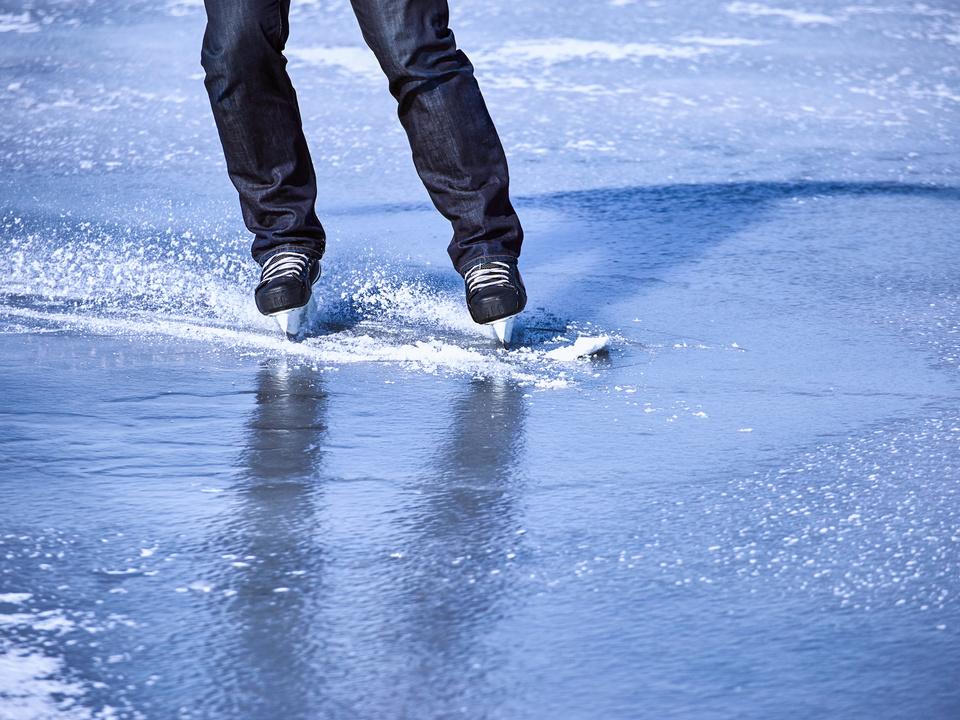 eislaufen eis winter kälte schlittschuh sport  sym