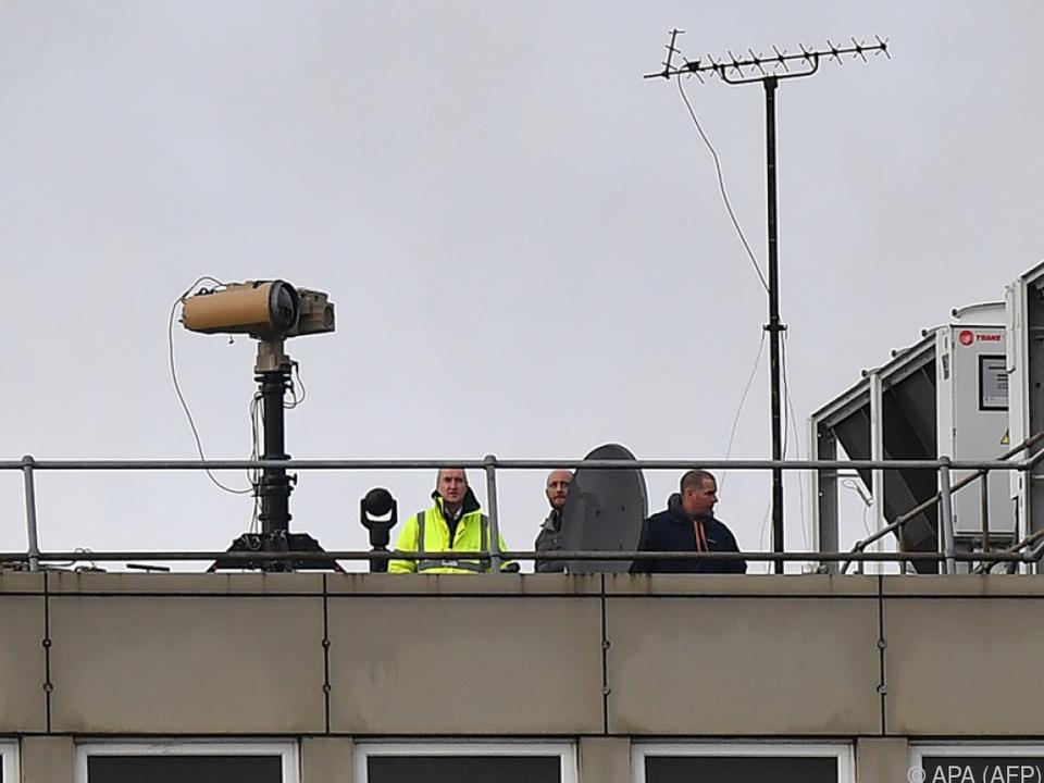 Gatwick rüstet auf im Kampf gegen Drohnen