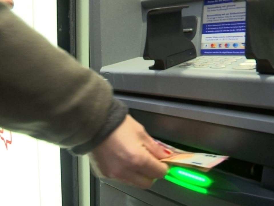 Geldboten im Streik - Wird jetzt das Bargeld knapp?