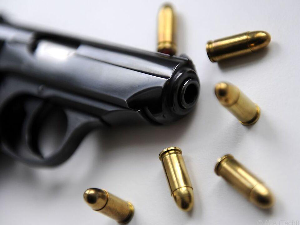 In manchen Städten gibt es bereits Waffenverbotszonen waffe pistole