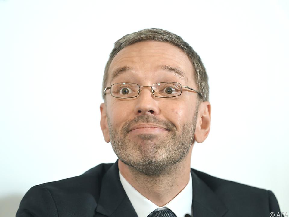Innenminister Kickl hält an seinen Reformplänen fest