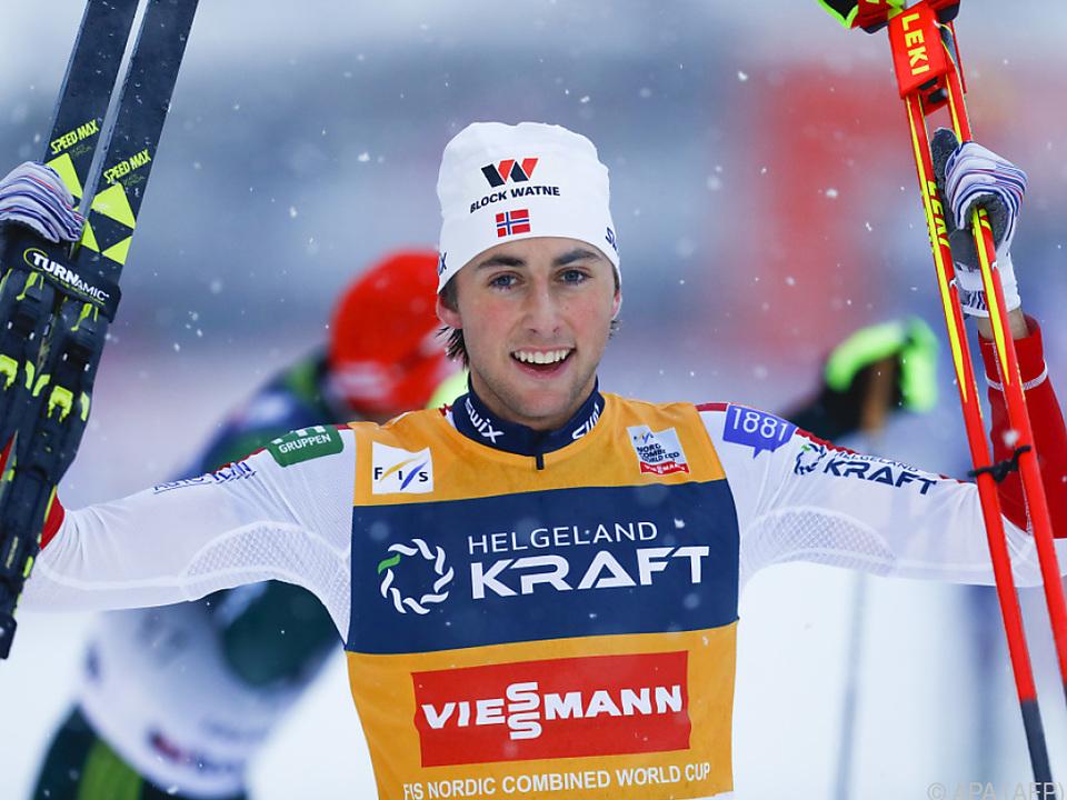 Jarl Magnus Riiber dominiert den Kombi-Weltcup