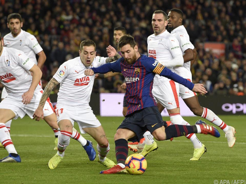 Lionel Messi holt zum 400. Treffer in La Liga aus