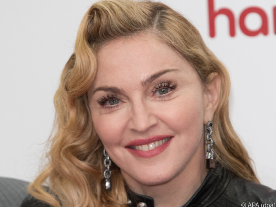 Madonna performte in der Neujahrsnacht u.a. \
