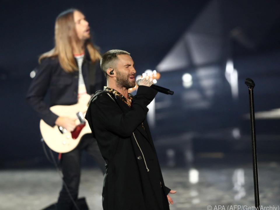 Mit Maroon 5 fiel die Wahl auf eine butterweiche Popband