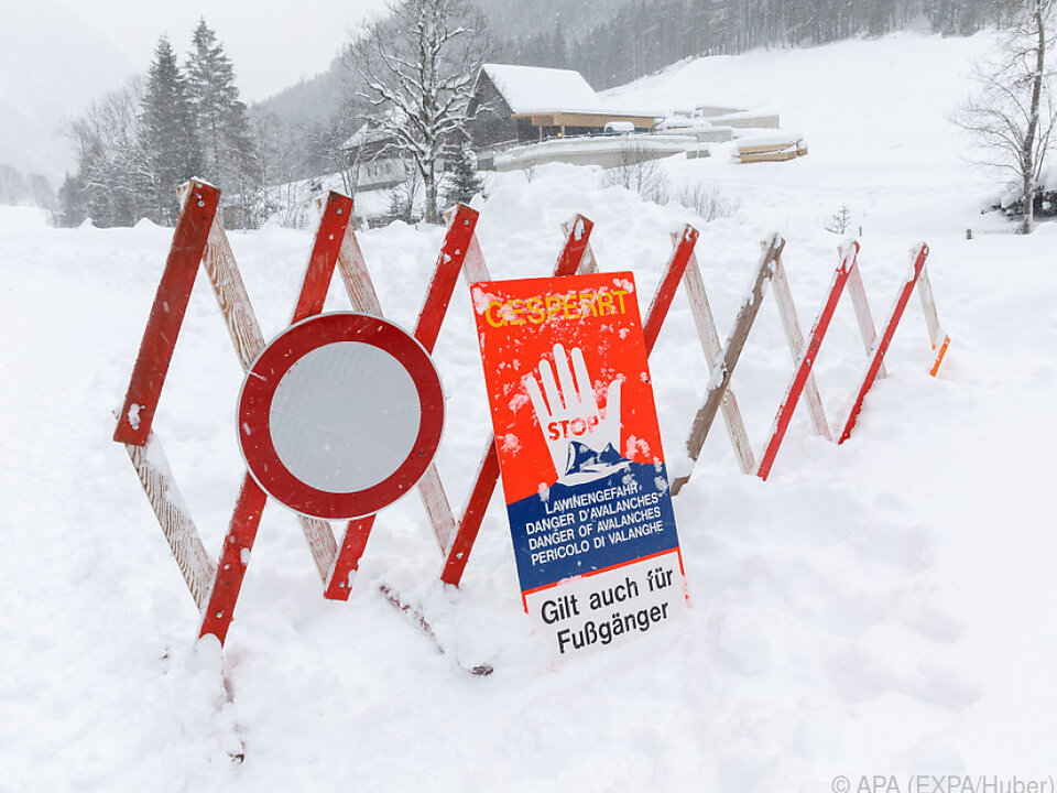 Drei Skifahrer bei Lawinenabgang getötet