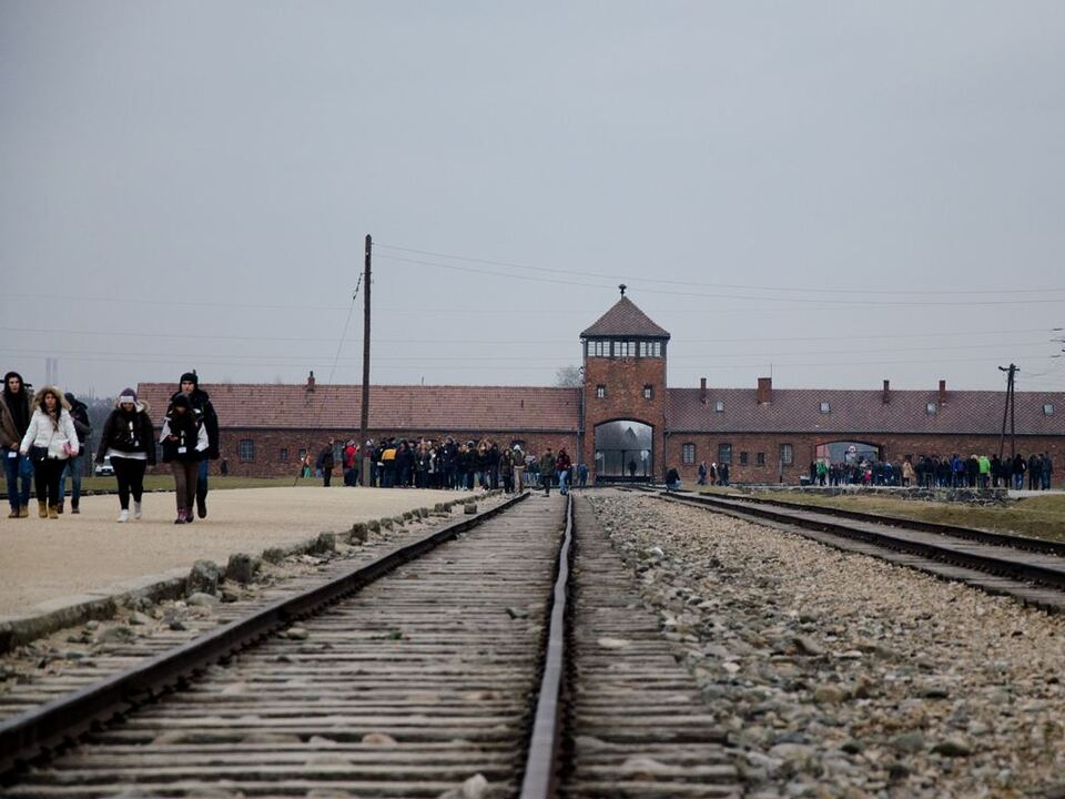 Promemoria_Auschwitz_ph AGJD