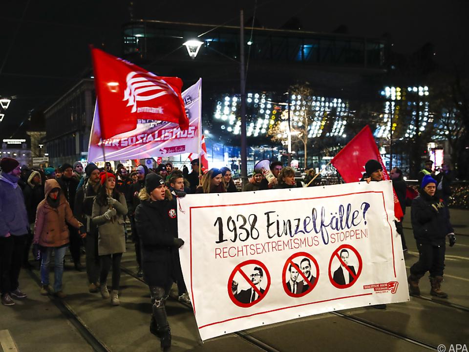 Protestkundgebung gegen den Akademikerball in Graz