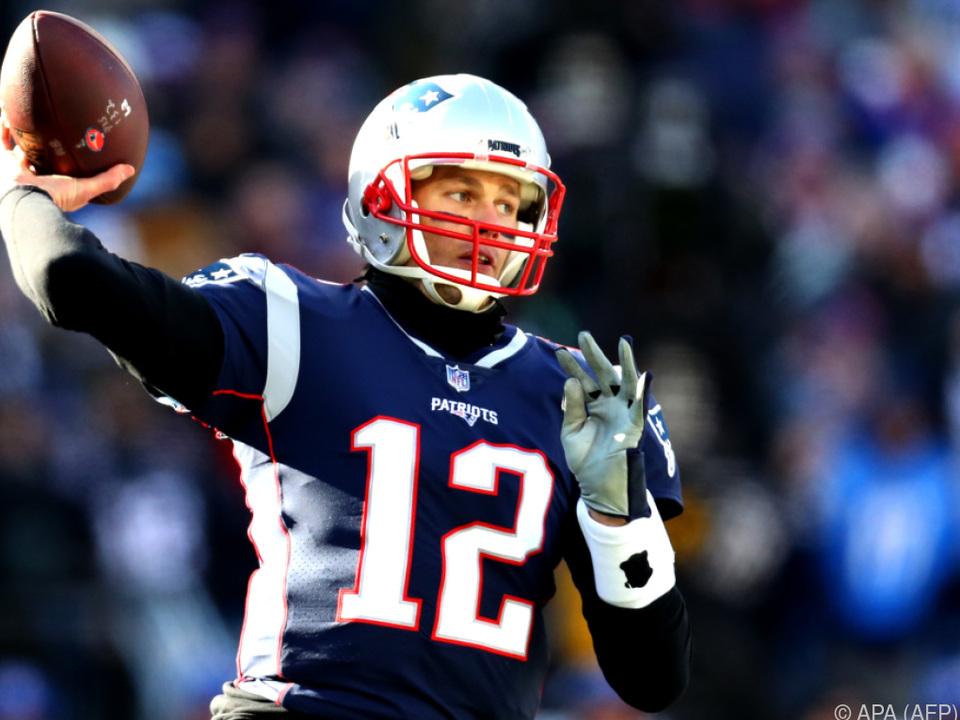 Quarterback Tom Brady steht mit New England im Halbfinale der NFL