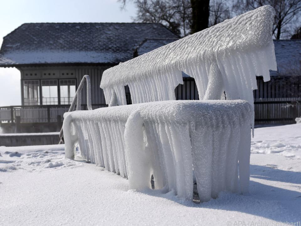 Schnee und Eis in weiten Teilen Österreichs