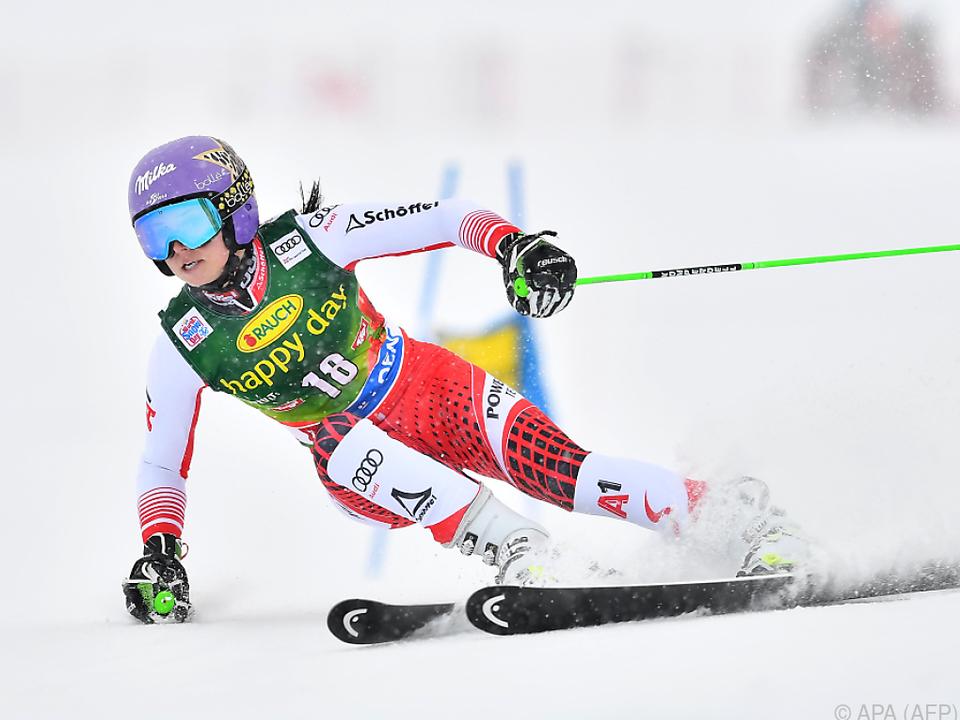 Skistar Anna Veith lässt sich alle Optionen offen