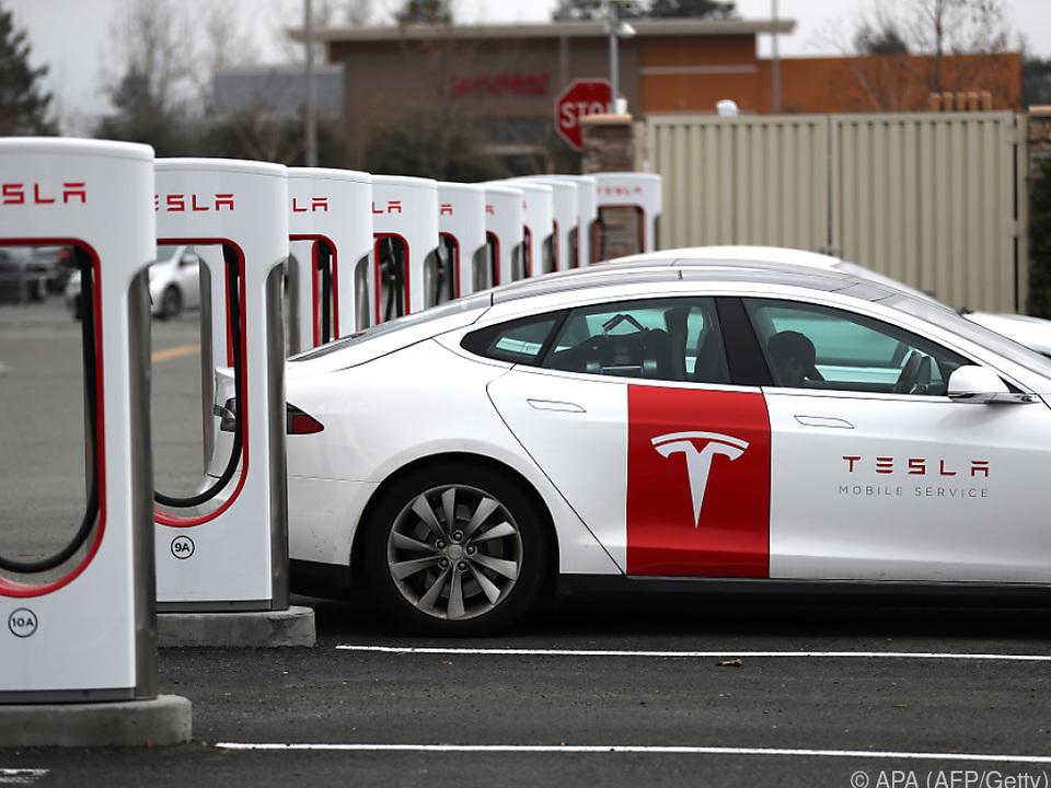 Tesla erstmals mit zwei Quartalsgewinnen in Folge