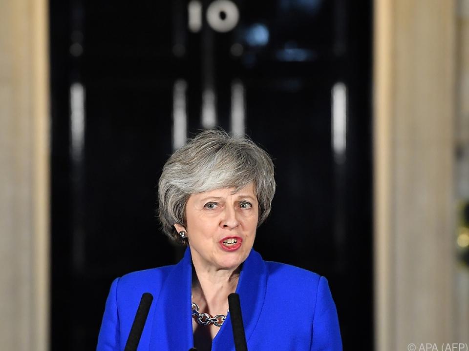 Theresa May vor ihrem Amtssitz in der Downing Street