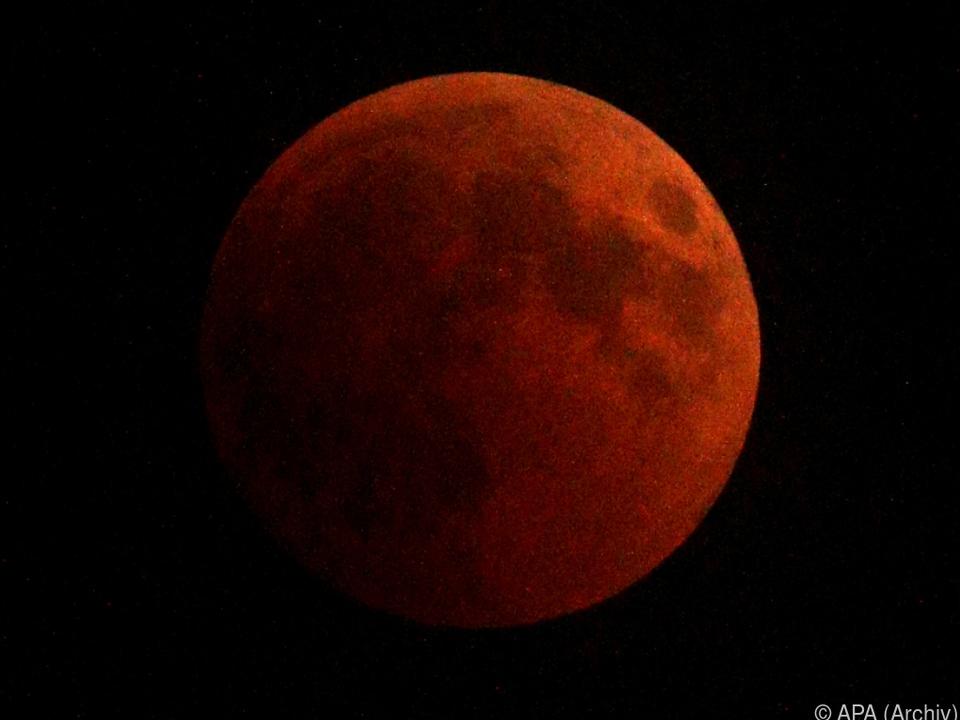 Um 4.34 Uhr beginnt der Mond in den Kernschatten der Erde einzutreten