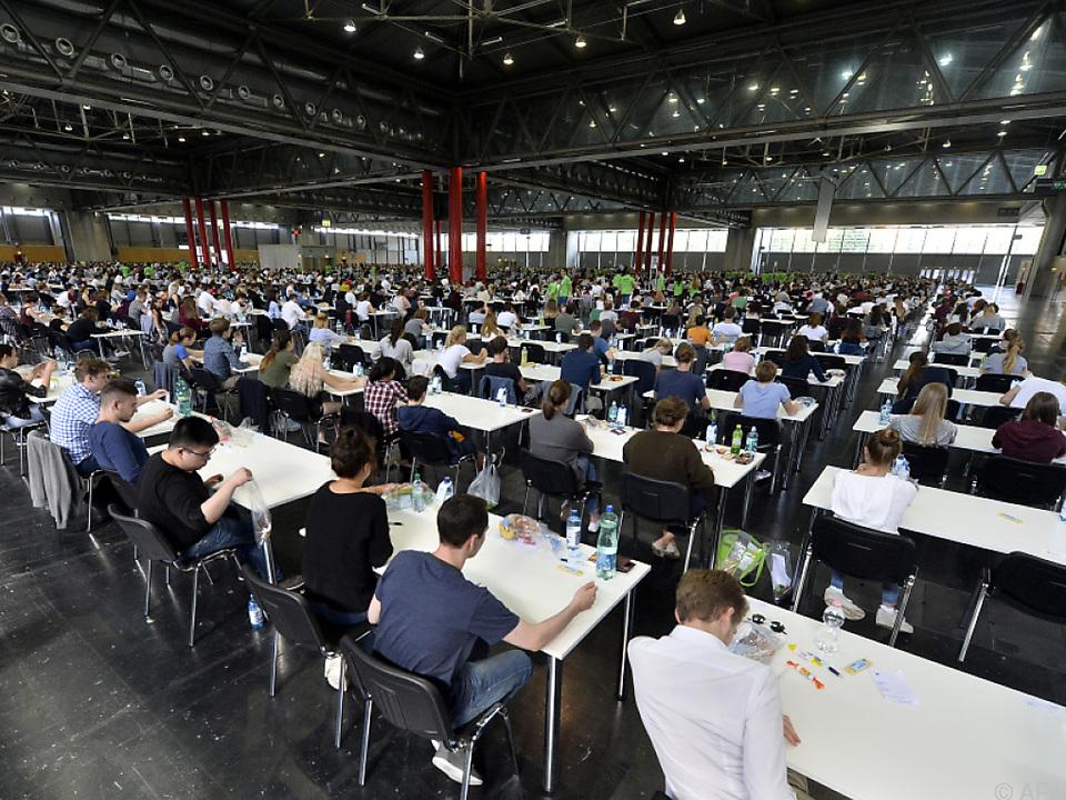 Ziel ist es, dass mehr Studenten ihre Prüfungen bestehen