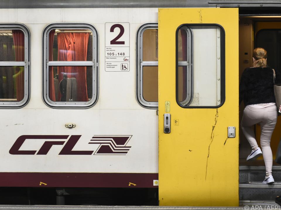 Züge und Busse können kostenlos genutzt werden