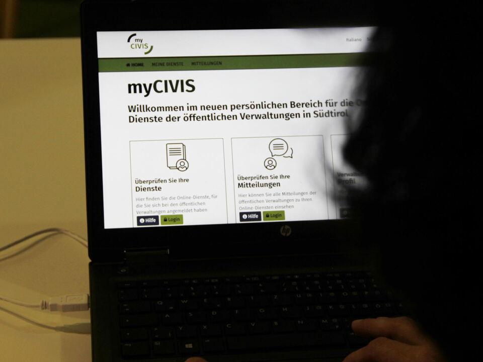 1023513_mycivis