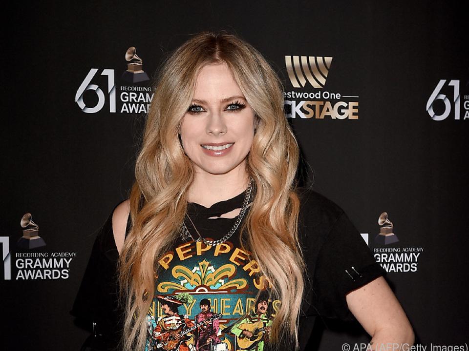 Borreliose - ausgelöst durch einen Zeckenbiss - setzte Lavigne zu