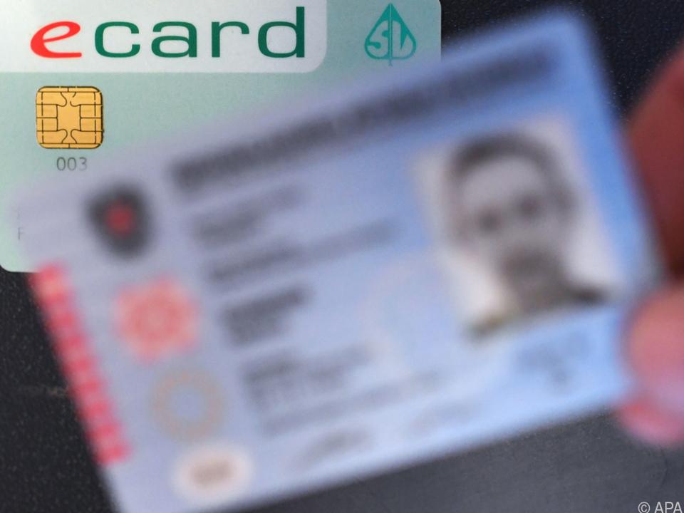 Das Foto ist mit jenem auf dem Personalausweis vergleichbar