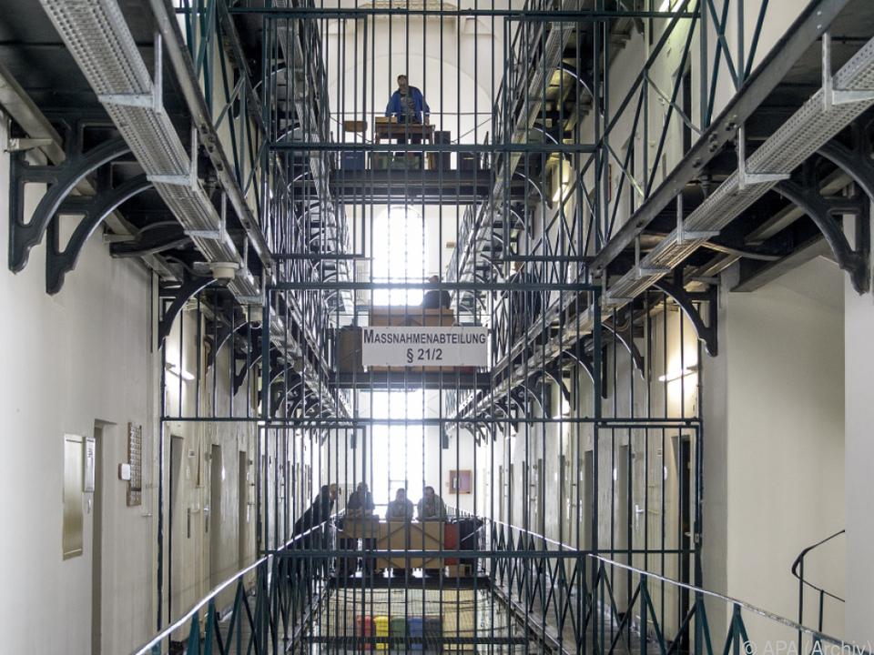 Der Häftling dürfte im Schlaf gestorben sein