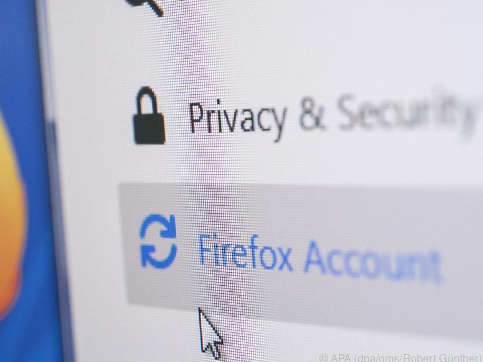 Bei Firefox muss man ein Konto einrichten, um synchronisieren zu können