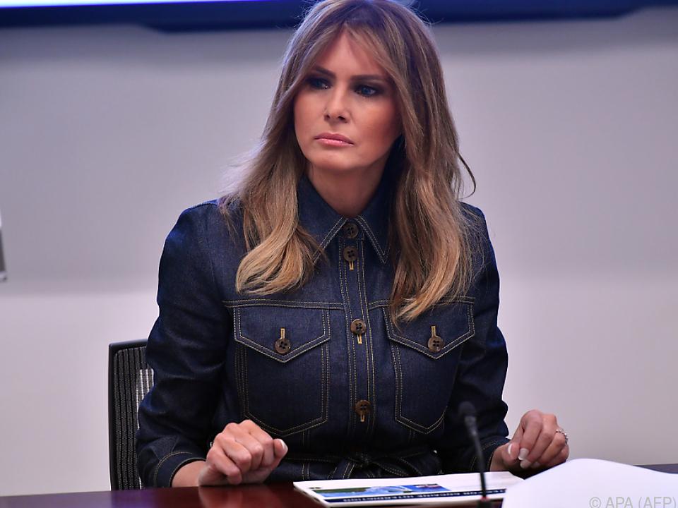 Die First Lady zeigte sich betroffen vom Ableben des Modeschöpfers