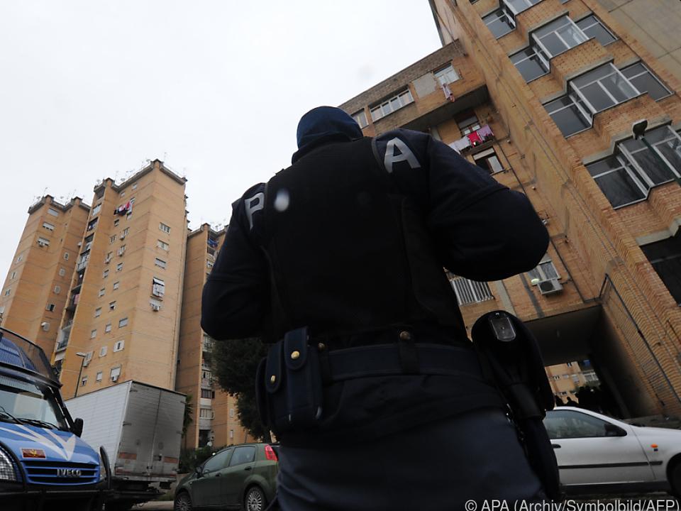 Die italienische Polizei hat alle Hände voll zu tun