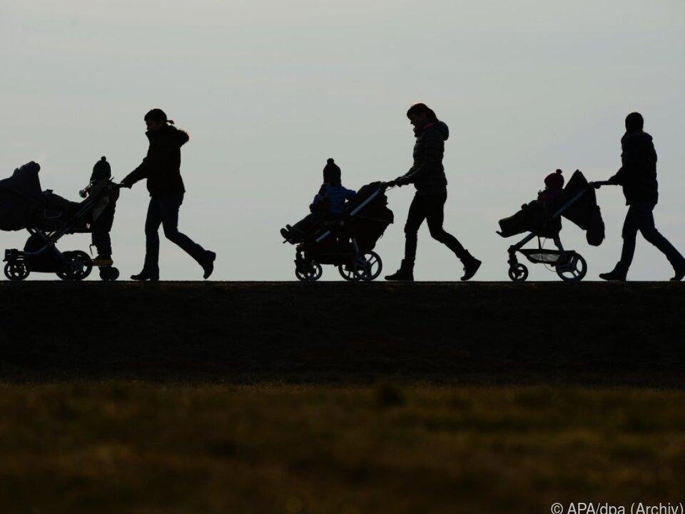 Kinder Familie Die Richter präzisierten die Auslegung der Verordnung zum Kindergeld