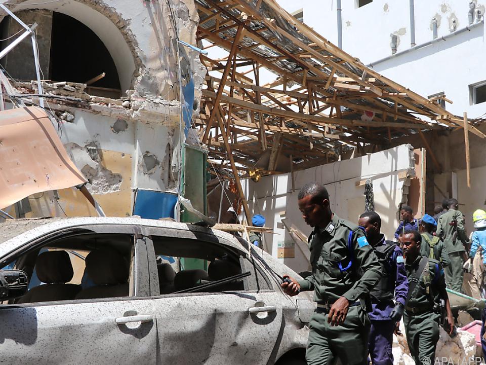 Eine Autobombe war explodiert