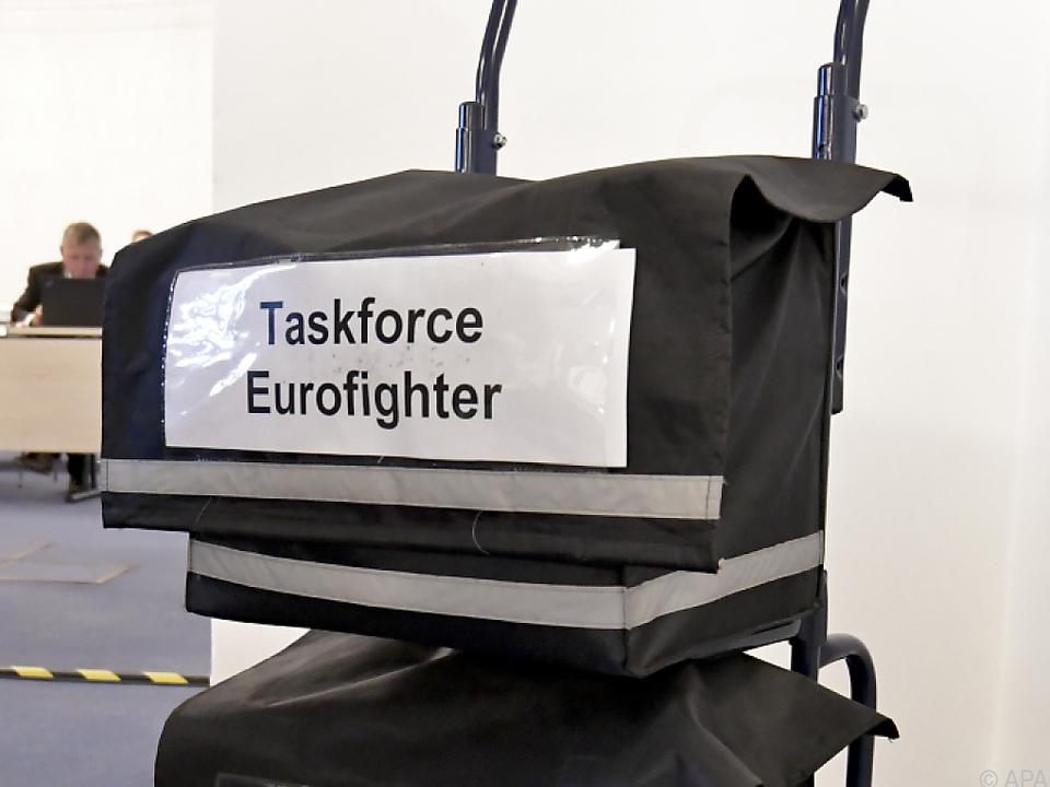 Eurofighter-U-Ausschuss startet nach Pause wieder