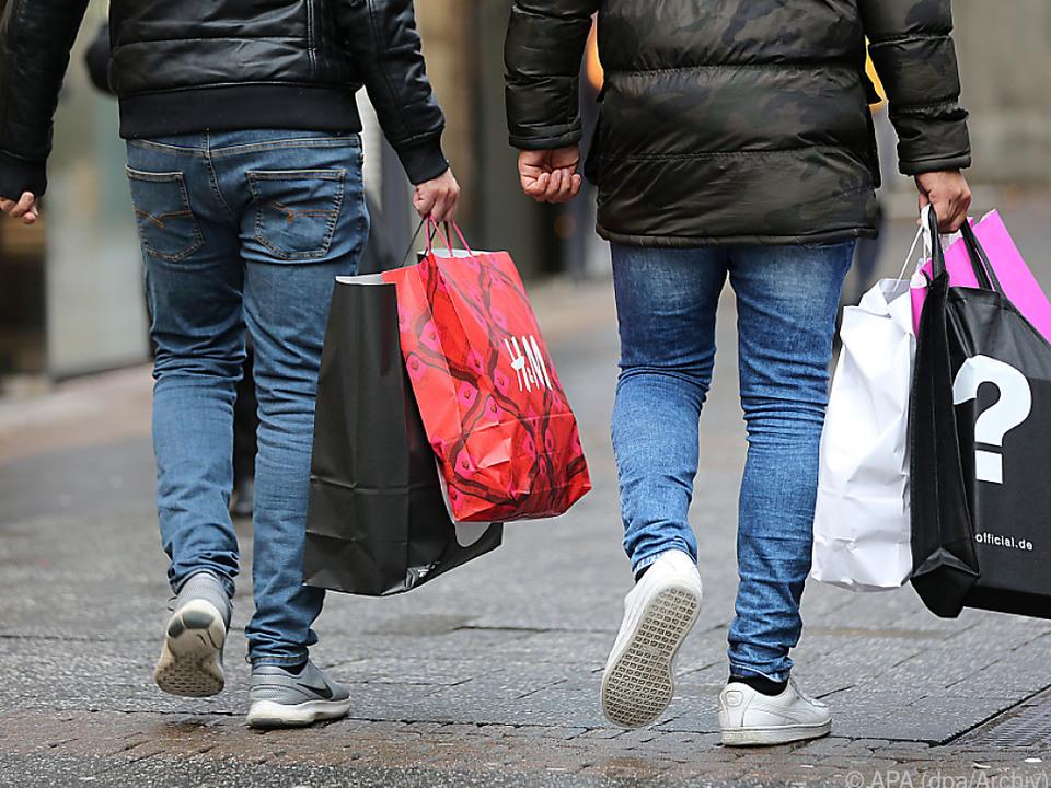 Experten erwarten ein schwächeres Wachstum des privaten Konsums