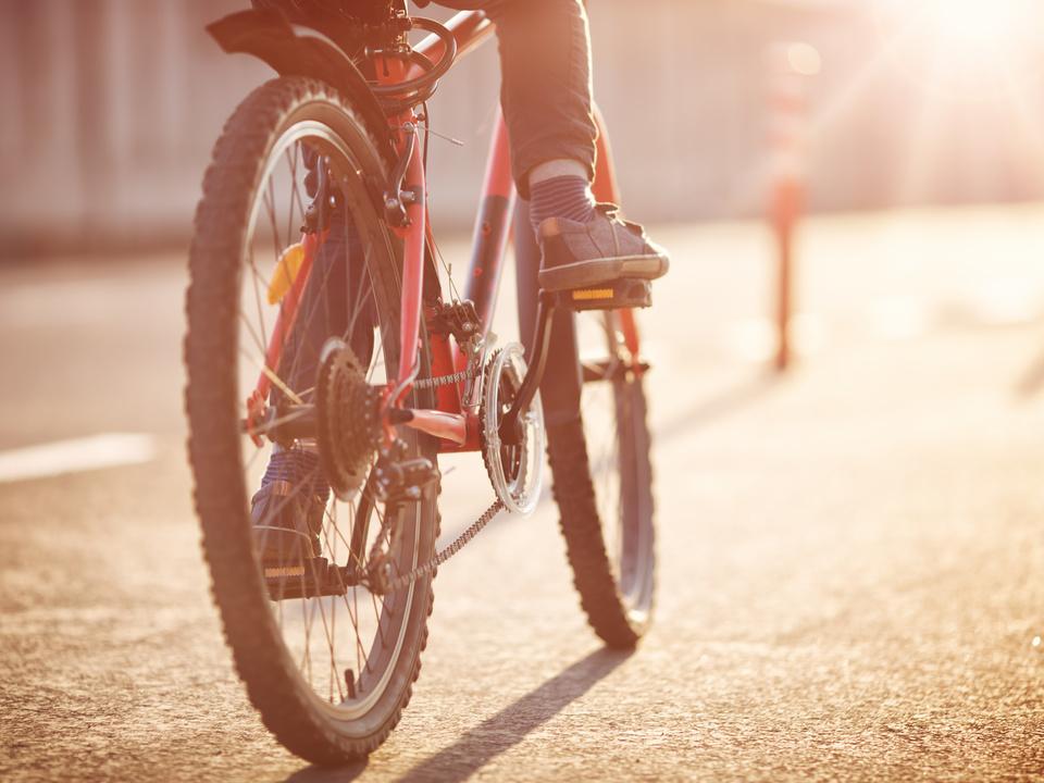Fahrrad Kind Stadt