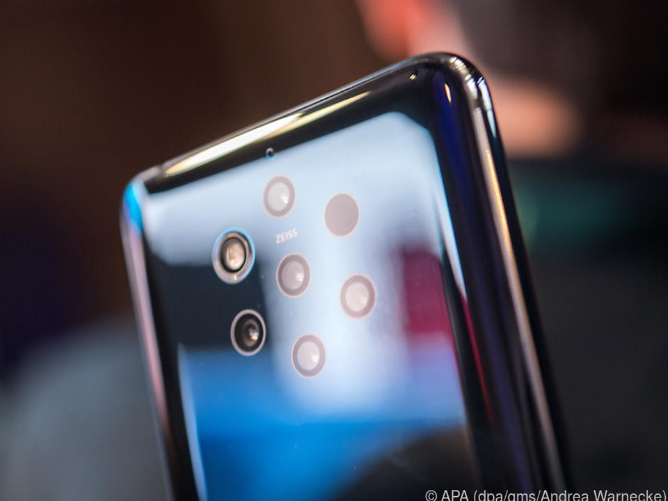 Das Nokia 9 Pure View hat fünf Kameralinsen mit verschiedenen Brennweiten