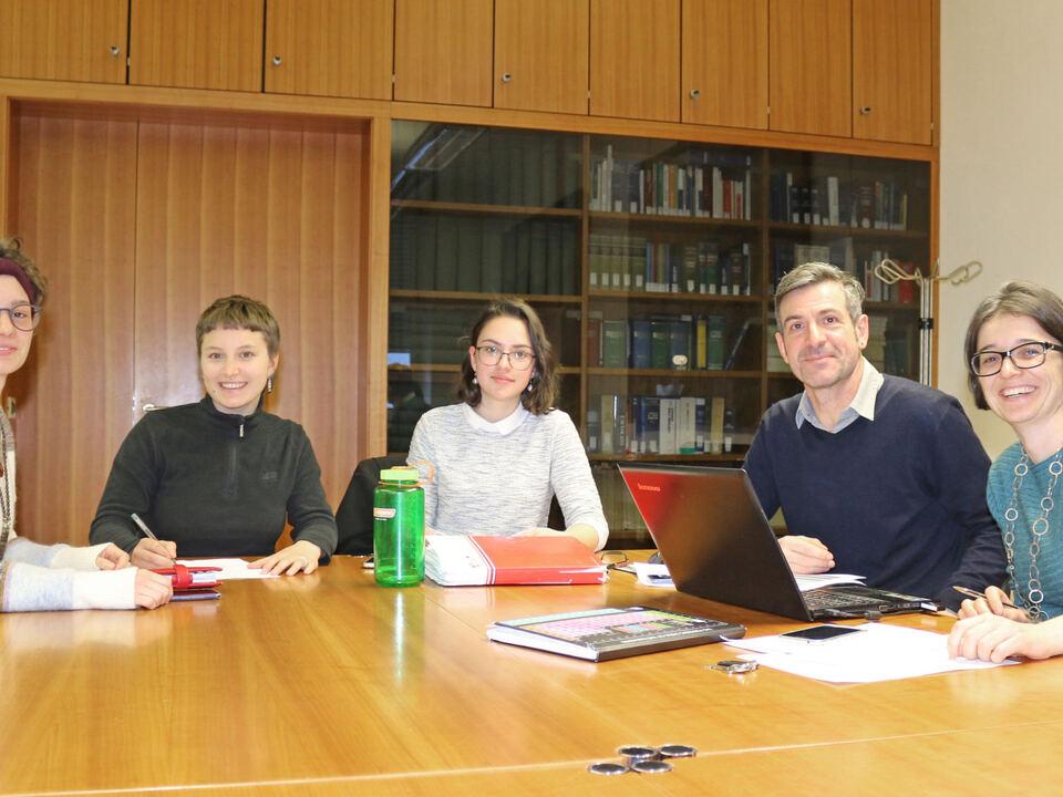 Greta Holzer, Johanna Erlacher, Janka Vida, Professor David Augscheller und Stadträtin Madeleine Rohrer