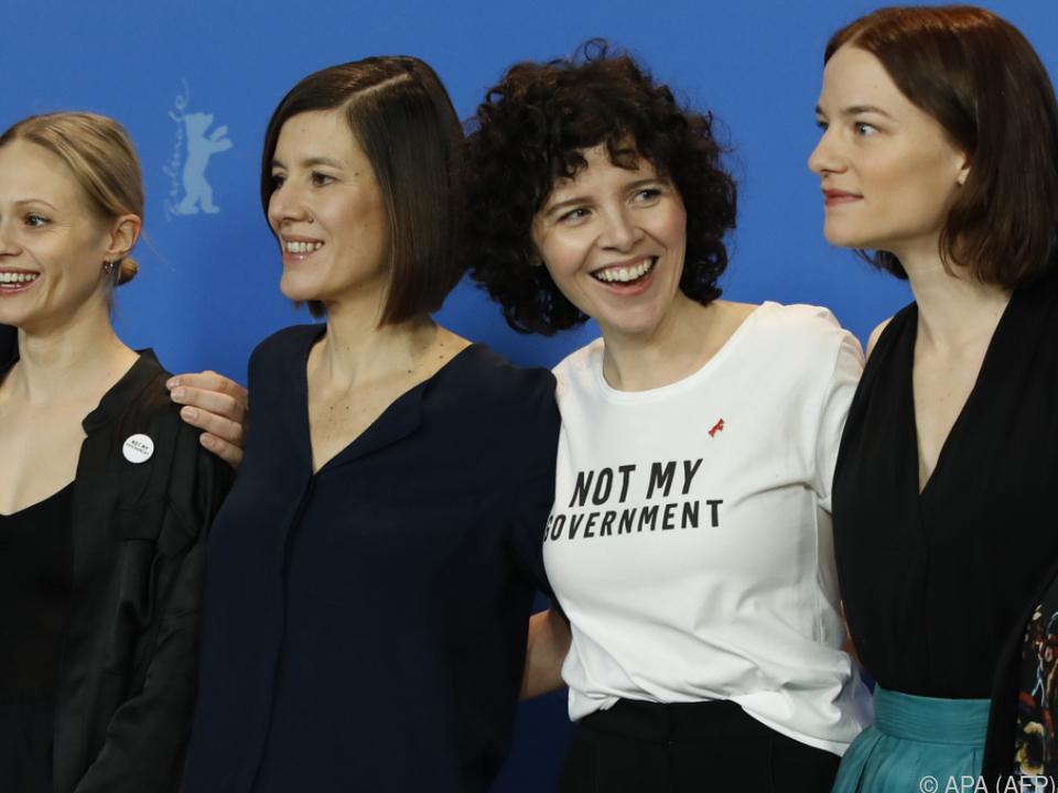 Marie Kreutzer (2.v.r.) mit ihren Schauspielerinnen in Berlin