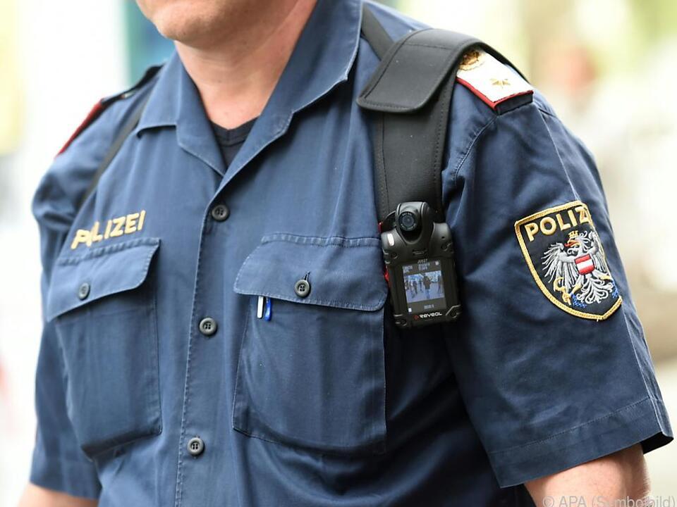 Nun gibt es weitere Anschuldigungen gegen den Kriminalbeamten
