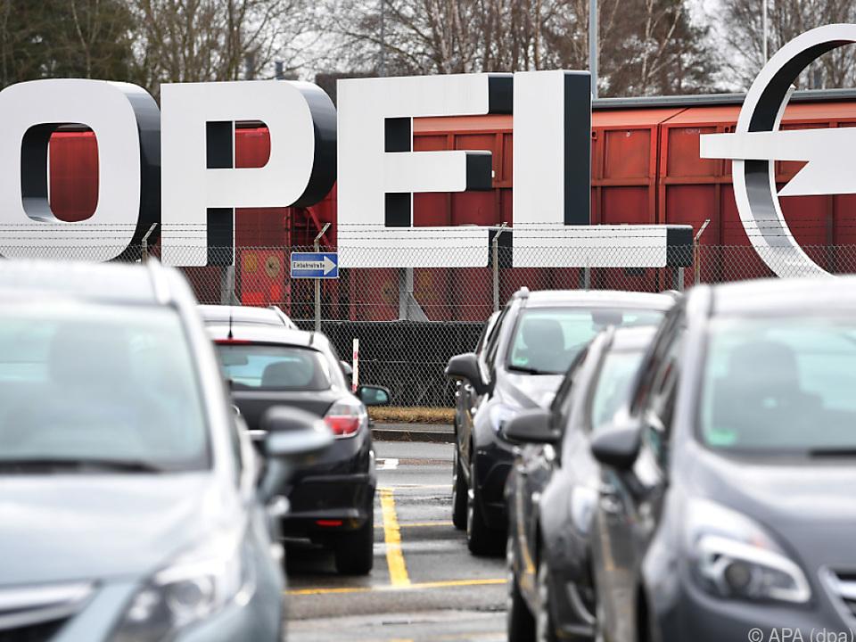 Opel schreibt schwarze Zahlen
