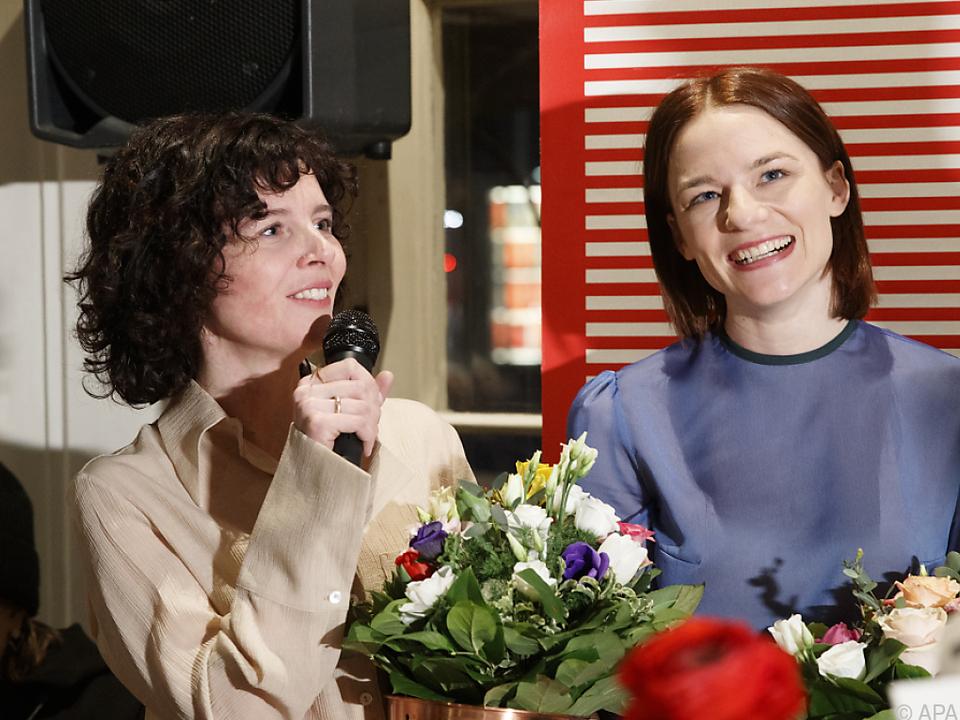 Regisseurin Kreutzer mit Hauptdarstellerin Pachner