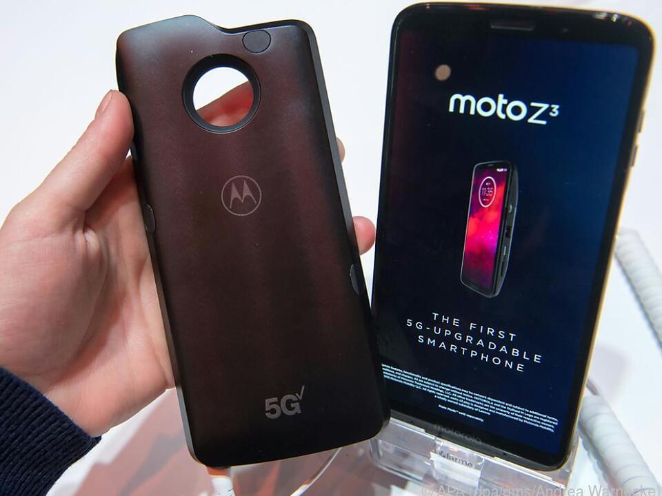 Lenovo hat in Barcelona ein 5G-Mod für das Moto Z3 vorgestellt