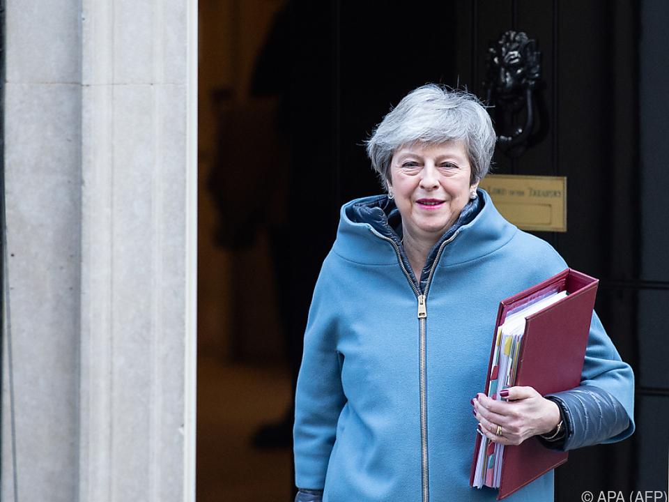 Theresa May gehen die Mitstreiter abhanden