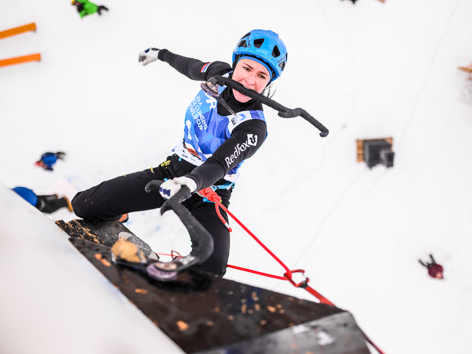 Tolokonina_Maria_UIAA_Ice_Climbing_World_Cup_Rabenstein_03_02_2019c