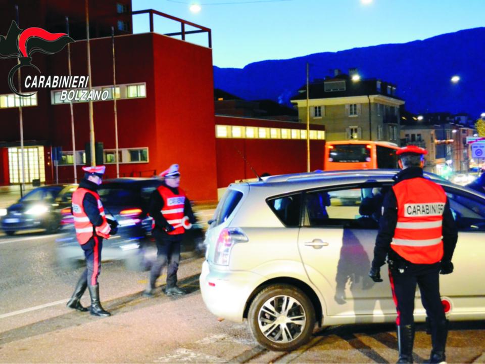 Carabinieri Staßenkontrolle Bozen 20190305_POSTI_DI_CONTROLLO_DEI_CARABINIERI_DI_BOLZANO