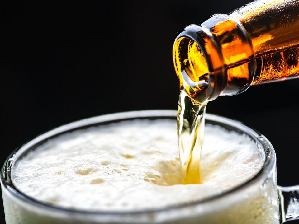 alcohol-beer-beverage-1128975 (2)