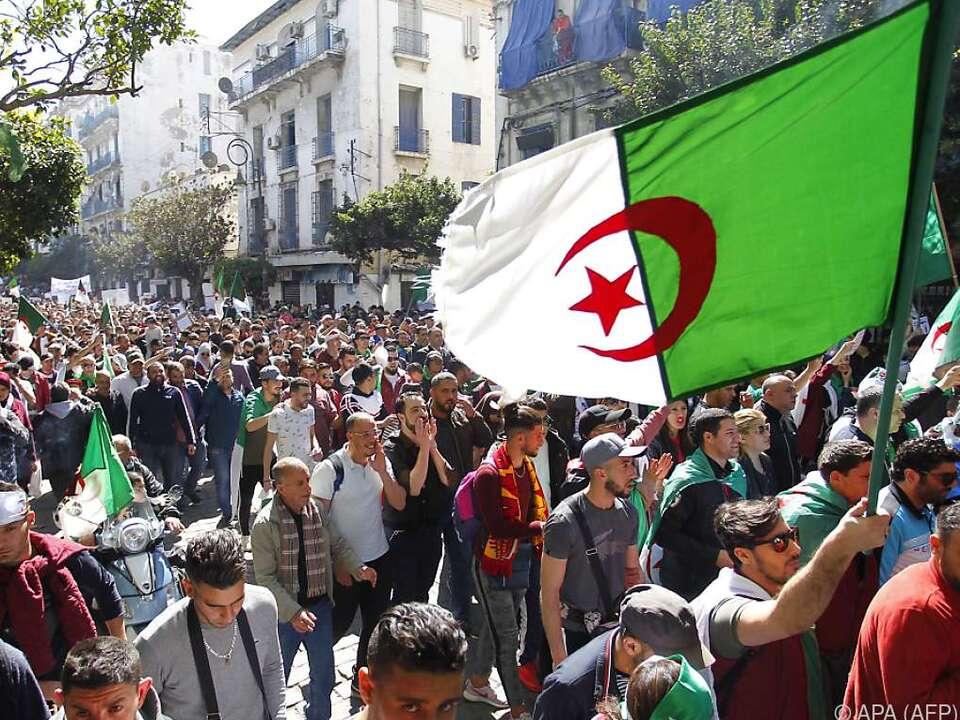 Die Demonstranten fordern grundlegende Reformen