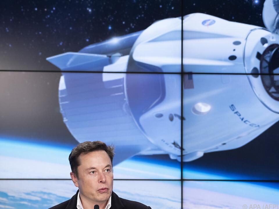 Die Raumkapsel dockte nach 27 Stunden Flug an der ISS an