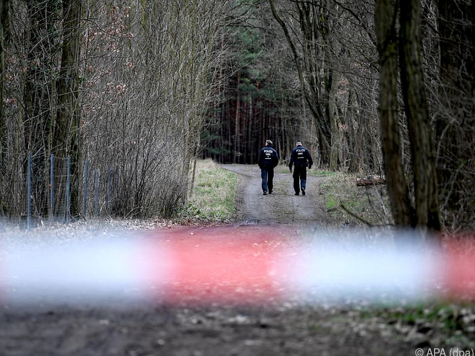 Die Suche nach dem Mädchen in einem Wald wurde erfolglos eingestellt