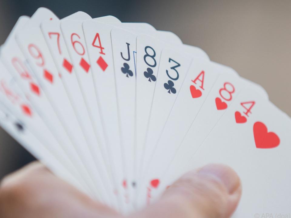 Doping im Kartenspiel poker glücksspiel sym