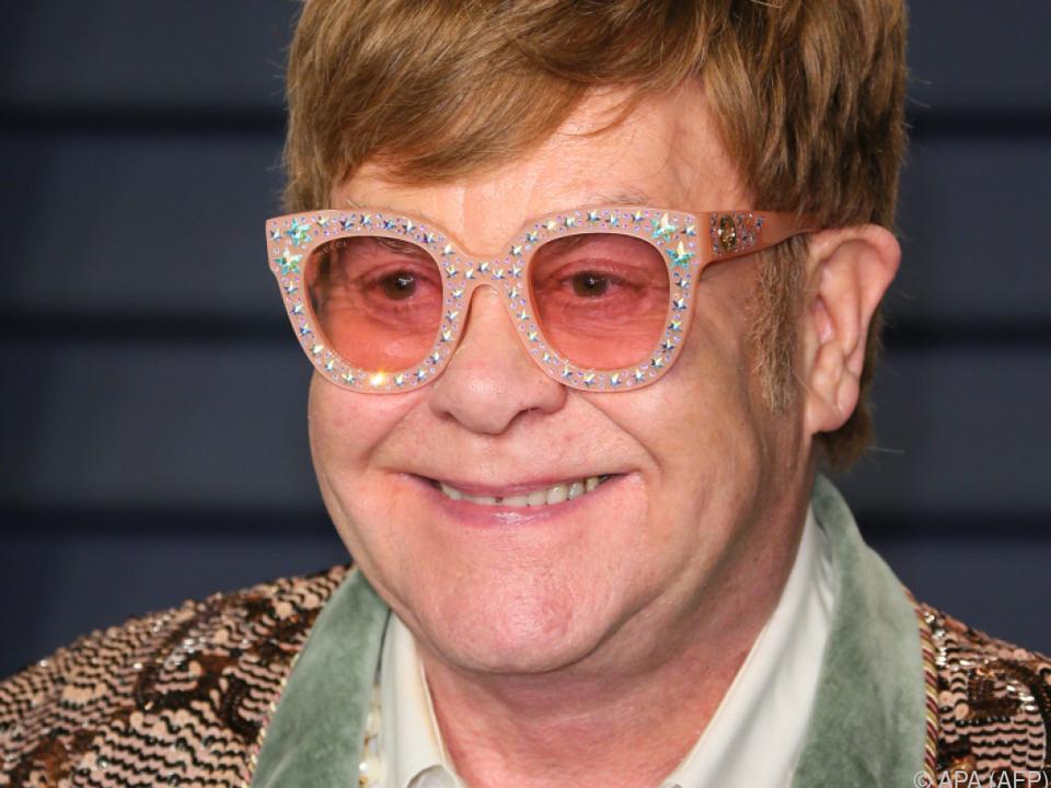 Elton John geht auf eine ausgedehnte Abschiedstour