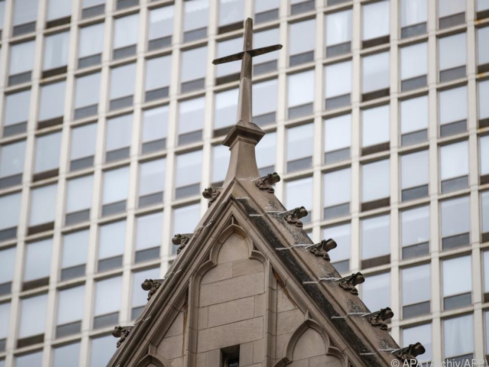 Erzdiözese Chicago meldete Fälle den Behörden