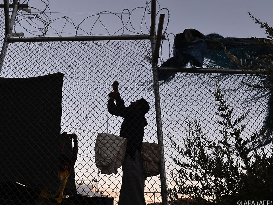 Hauptkritikpunkt ist die Flüchtlingssituation auf den Ägäis-Inseln